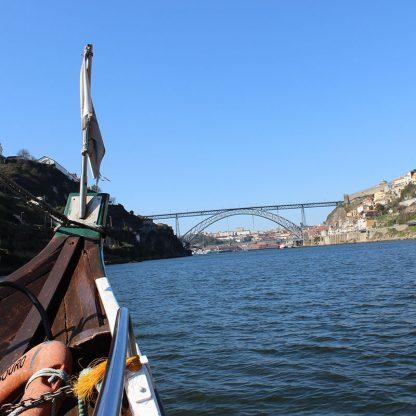 Cruzeiro-6-pontes-visita-caves-e-fado