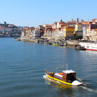 small-cruise-in-porto