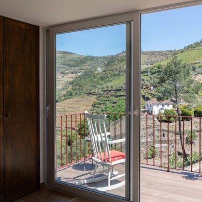 program-in-douro-valley